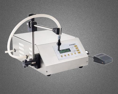 海霸泵液体小型定量灌装机